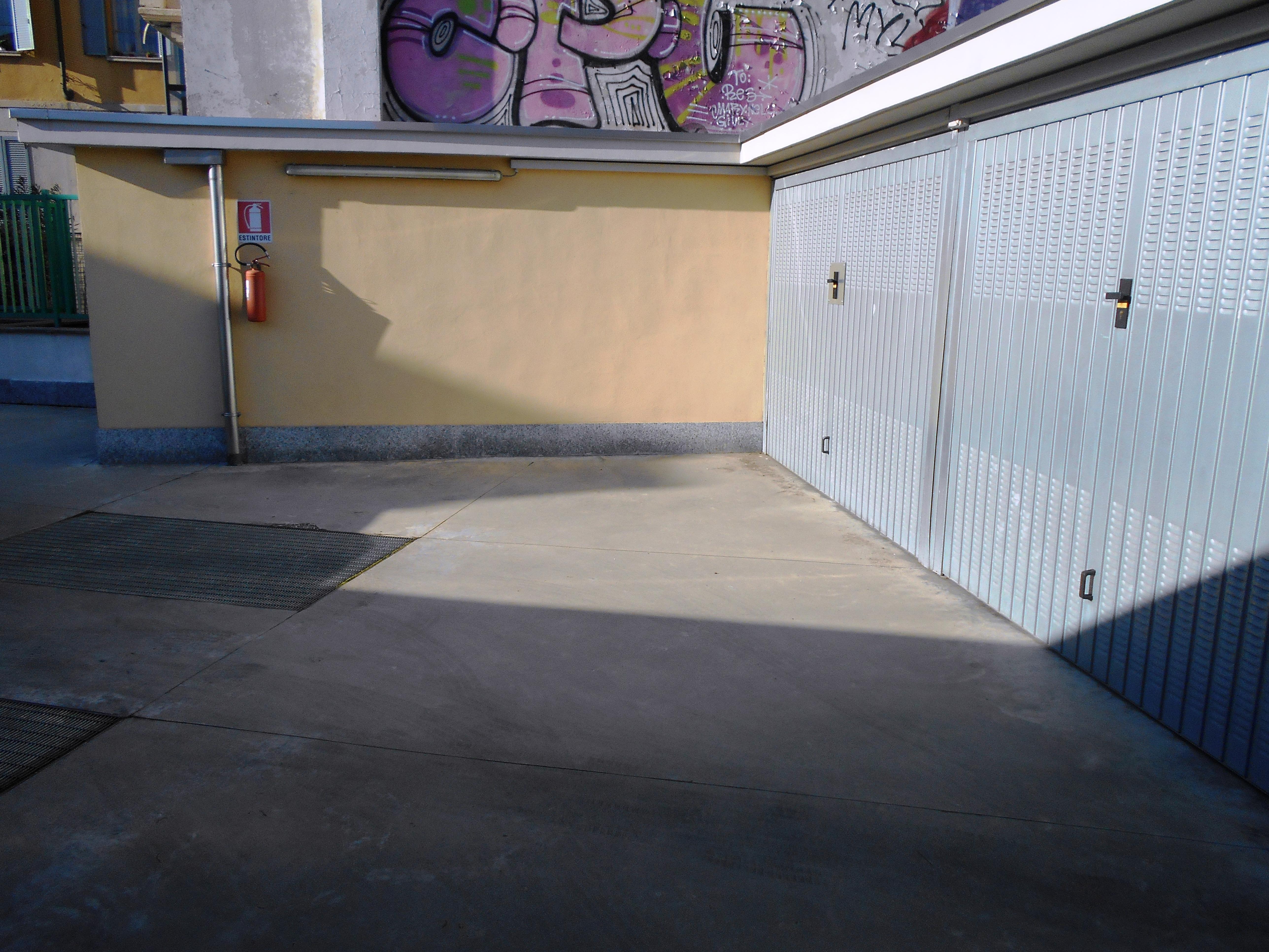 Garage in vendita in via Giuseppe Ripamonti, Milano, MI, 180